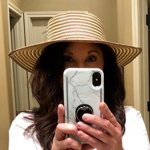 Accessories - Perfect Beach Hat NWT